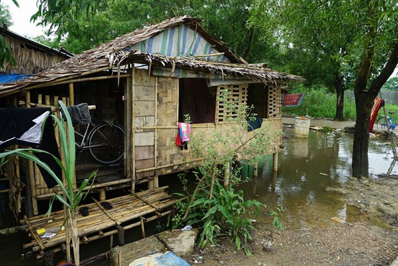 ミャンマー、スラムの家