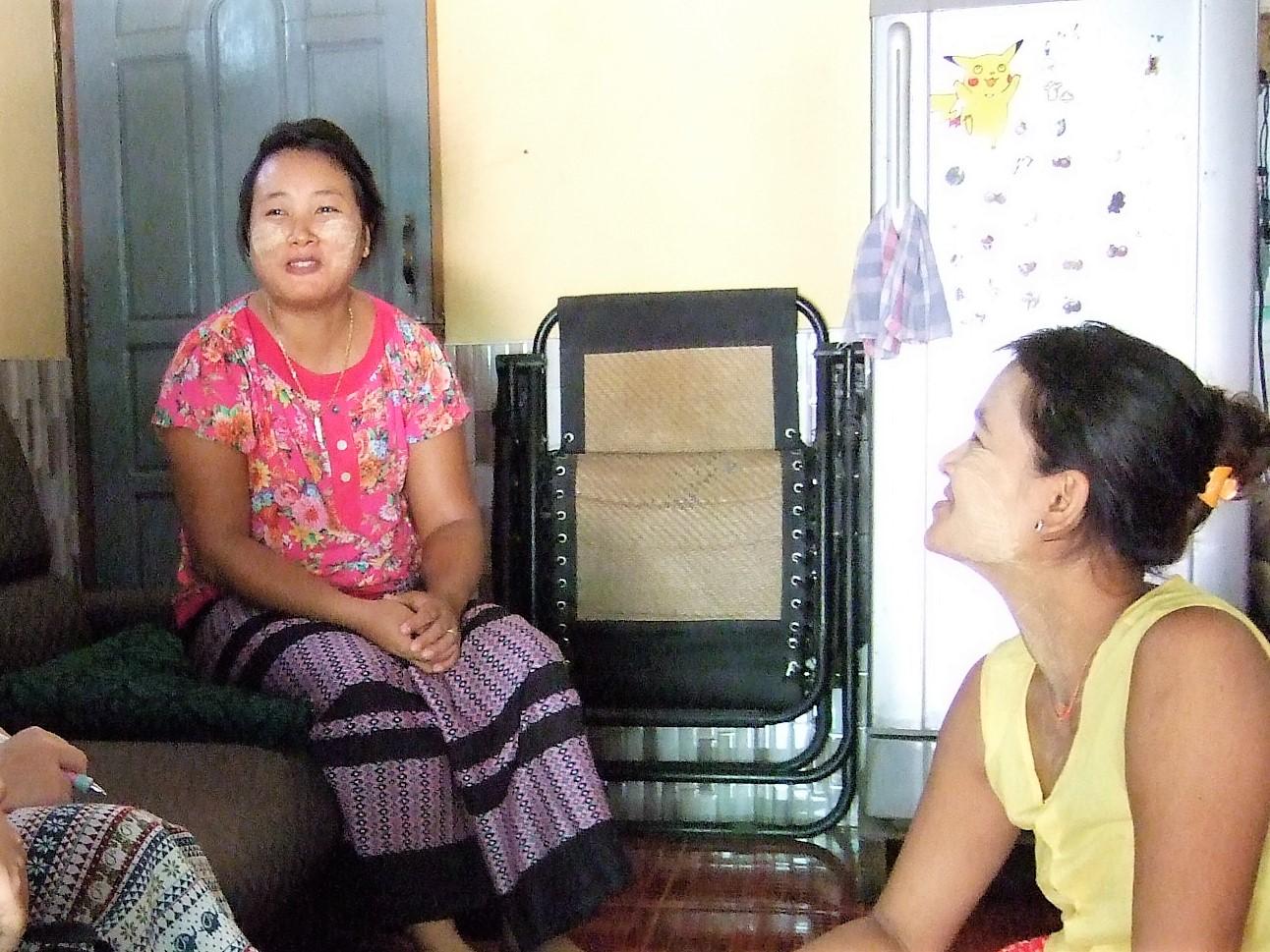 ミャンマー人の女性たち