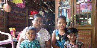ミャンマー-家族