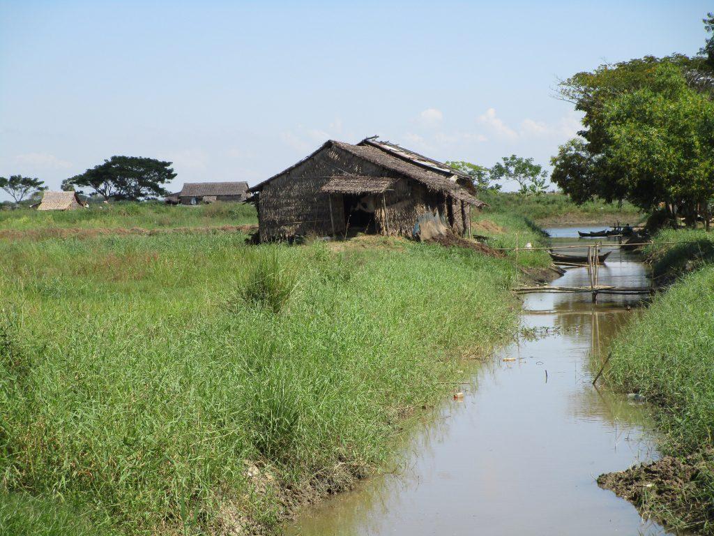 ミャンマーの農村にある家庭