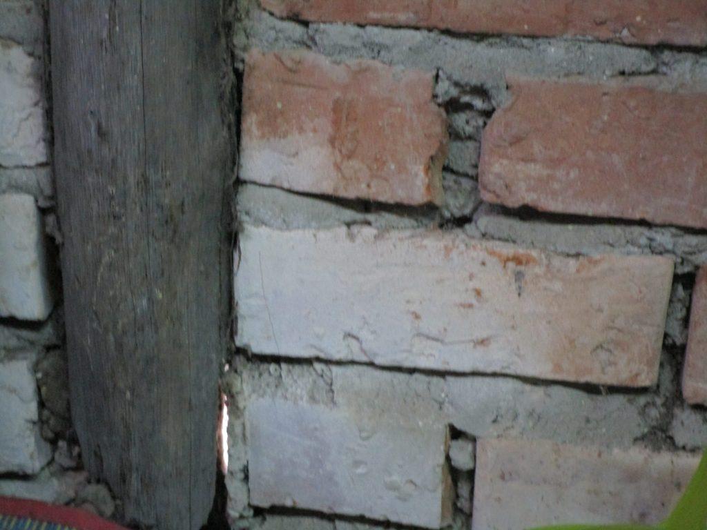 ミャンマーの家の壁