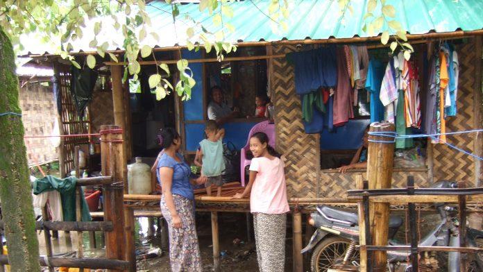 ミャンマーの家